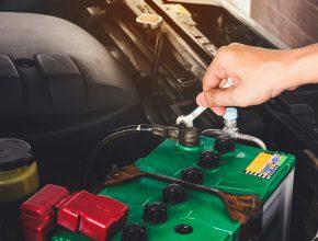 วิธีตรวจเช็คและเติมน้ำกลั่น ให้รถคู่ใจ